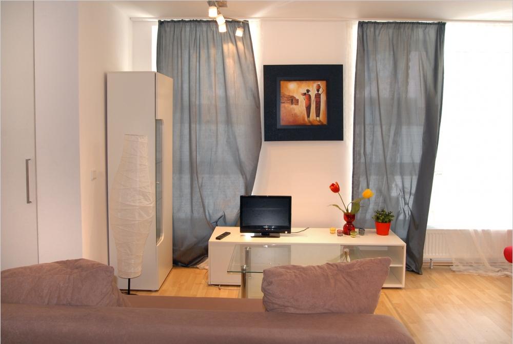 Living-/Sleeping-Room